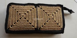 free crochet granny square pattern, free crochet motif pattern, free crochet wallet pattern, free crochet clutch purse pattern, free crochet bag pattern, free crochet granny square blanket pattern