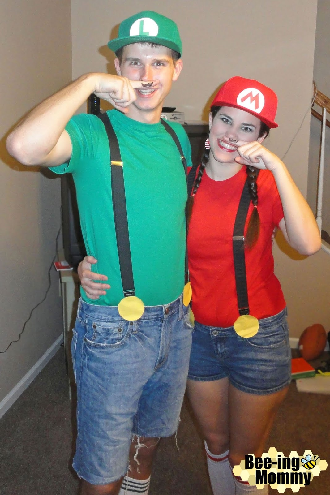 Mario and Luigi costume DIY Mario and Luigi Costume DIY Mario and Luigi  sc 1 st  Bee-ing Mommy & Bee-ing Mommy Blog: Mario and Luigi Costume