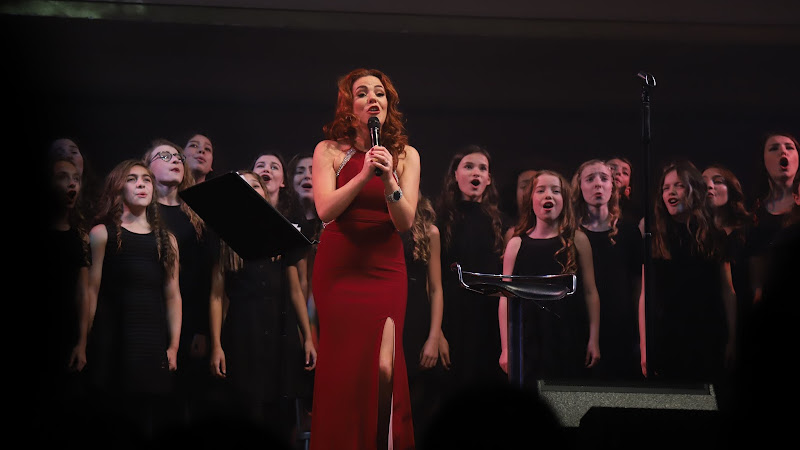 Rachel Tucker with Stagebox Choir, Shoreditch Town Hall | Review