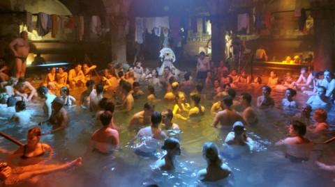Deutsche Sex Party in der KFZ Werkstatt