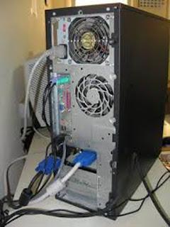 Kabel di belakang Casing Komputer