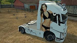 Miranda Kerr Volvo 2013 skin