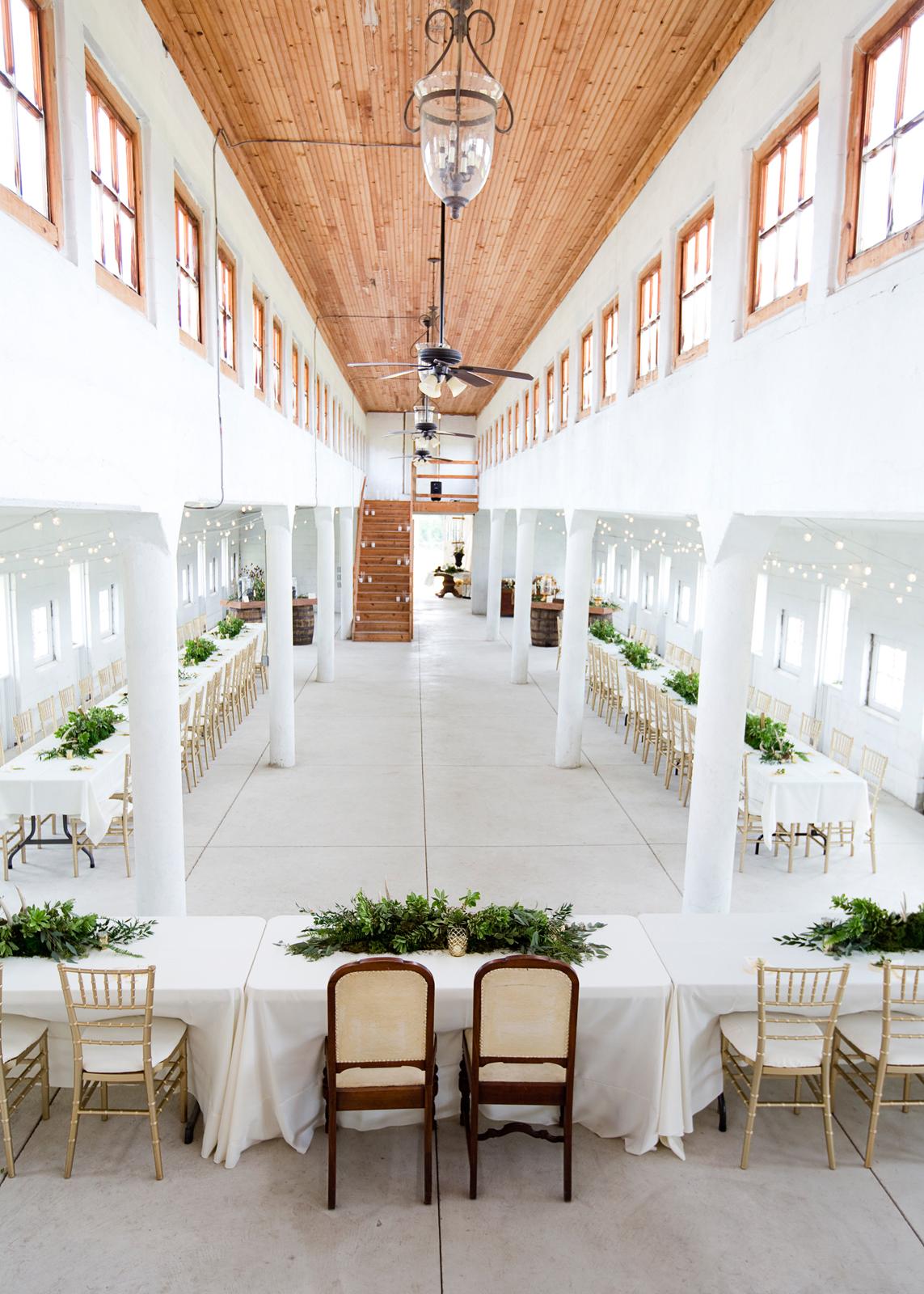Northeast Ohio Rustic Barn Wedding Venues - LIGHTBULB EVENTS