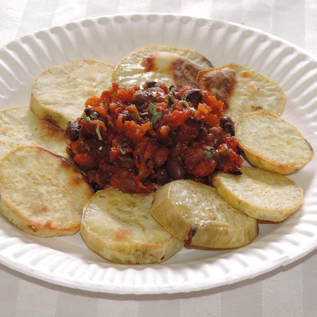Nigerian Fried Yam With Beans And Spicy Sauce