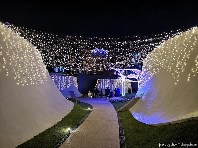 48403817 298239214134483 8330260766204624896 n - 台中國家歌劇院空中花園點燈囉!趕緊把握聖誕節與跨年夜晚來浪漫一下吧!