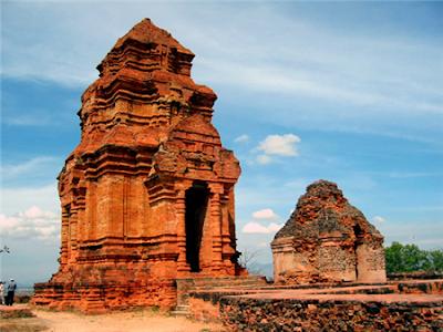 Propinsi Ninh Thuan memugar serta mengkonservasikan situs peninggalan etnis Cham