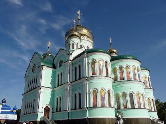 Герцаївський район.Свято-Вознесенський монастир