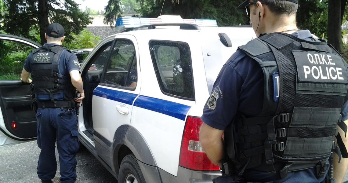 Mετέφερε παράνομα με φορτηγό 21 ανήλικους στη Χαλκιδική
