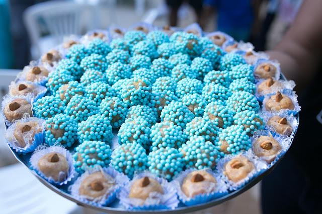 Frozen, aniversário, releitura, decoração, diy, faça você mesma, inspirações, tema frozen, doces, brigadeiro de maçã e amêndoas