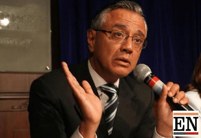 alexis mera renuncia embajada ecuador