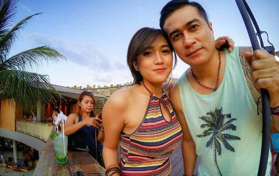 Foto Cantik dan Seksi Novita Petria Pacar Adjie Pangestu
