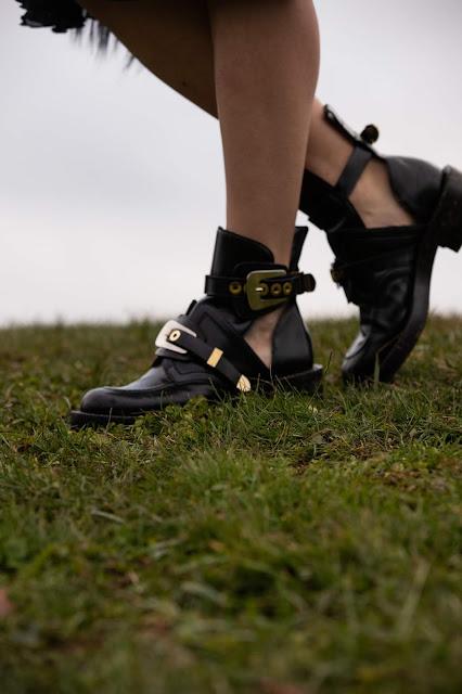 balenciaga ceinture boots