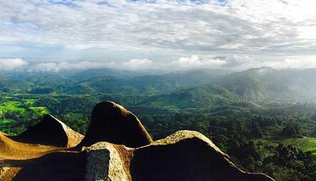 Pesona Bengkayang dari Bukit Jamur