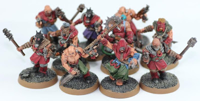 http://foureyed-monster.blogspot.com/2012/11/word-bearers-chaos-cultists.html