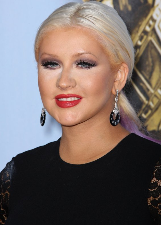 Christina Aguilera Pink and Purple Hair Color - Fashion Eye