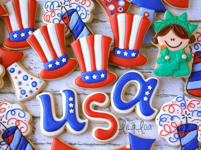 How to decorate patriotic Uncle Sam Hat sugar cookies for Independence Day.
