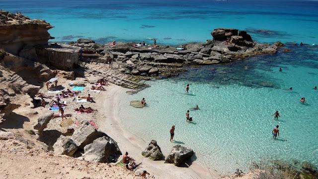 Caló des Mort em Formentera