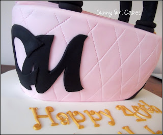 The Design Itself Comes From Planet Cake Cook Book Is A Chocolate Mud Covered In Ganache And Then Decorate Sugar Paste