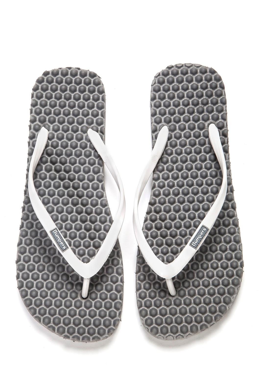 8e17f892ec32 Simple Savings  Bumpers New Women s Slim Massage Flip Flop sandals Review