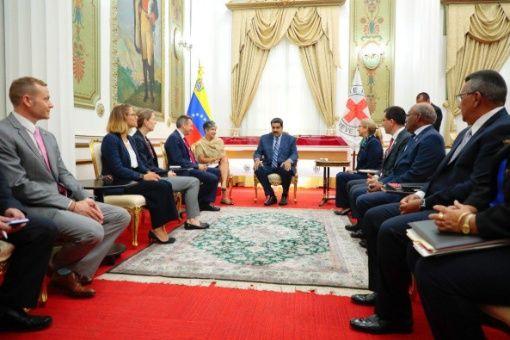 Venezuela negocia con Cruz Roja mecanismos para recibir ayuda