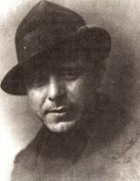 Φώτης Κόντογλου (πραγματικό όνομα Φώτιος Αποστολέλης: Αϊβαλί Μικράς Ασίας, 8 Νοεμβρίου 1895 – Αθήνα, 13 Ιουλίου 1965)