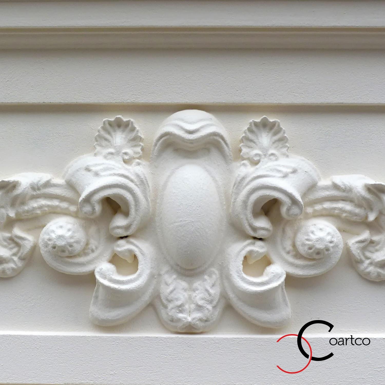 Reabilitare fatade cladiri vechi, ornamente decorative polistiren, panouri decorative, blazoane