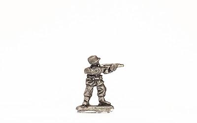 KSK3   Standing, firing M1 carbine