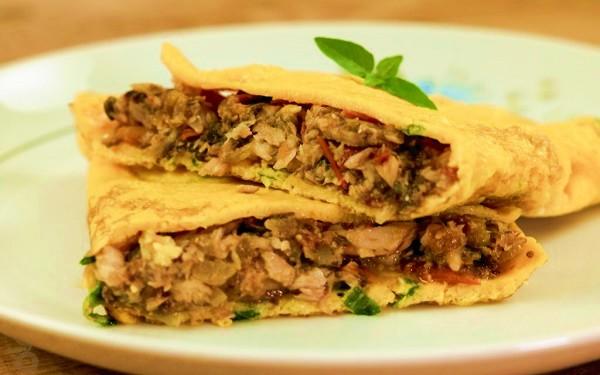 Receita de omelete de sardinha 'low carb' (Imagem: Reprodução/Verônica Laino)