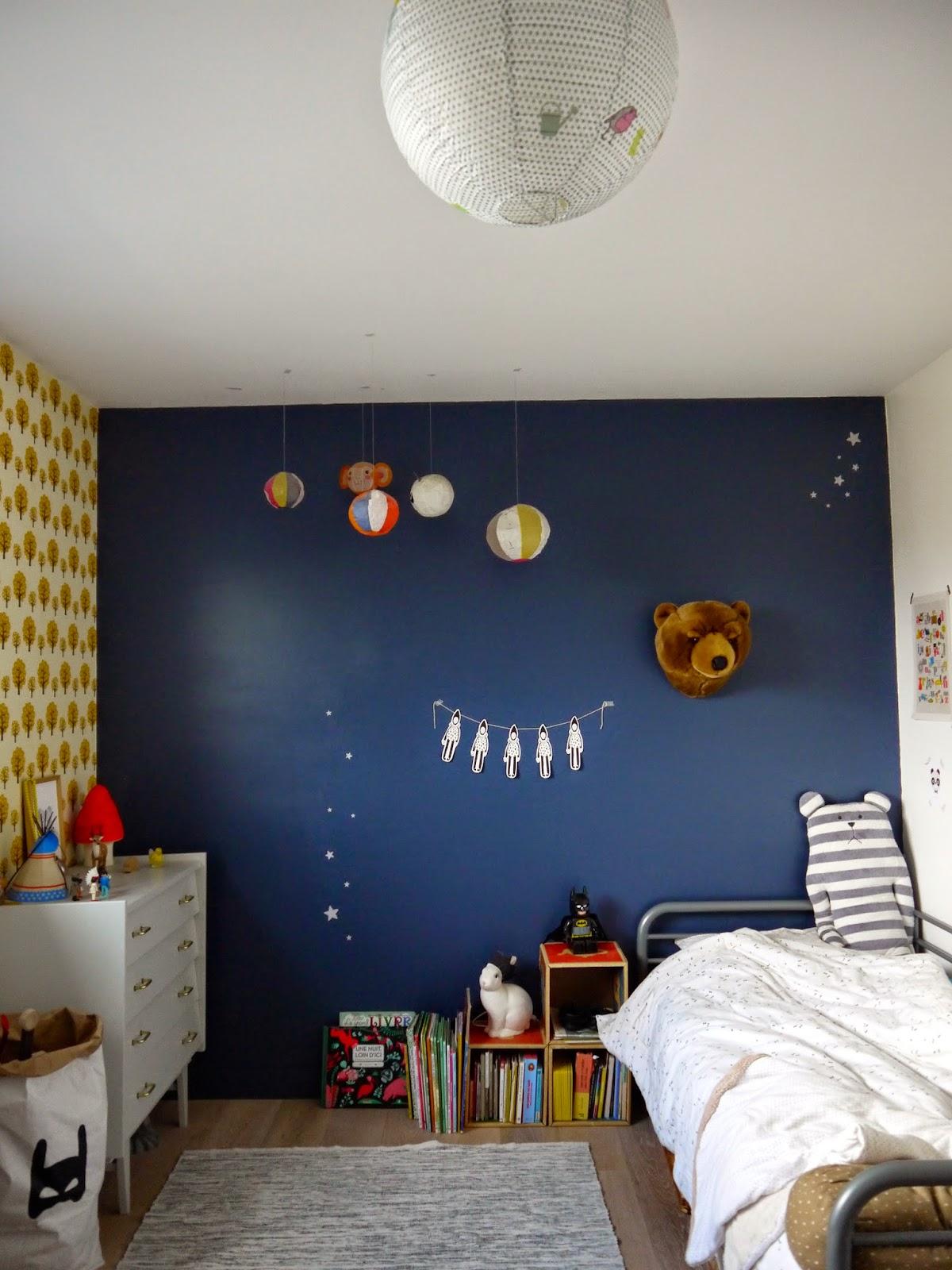 entre boulot et vacances dans un petit village. Black Bedroom Furniture Sets. Home Design Ideas