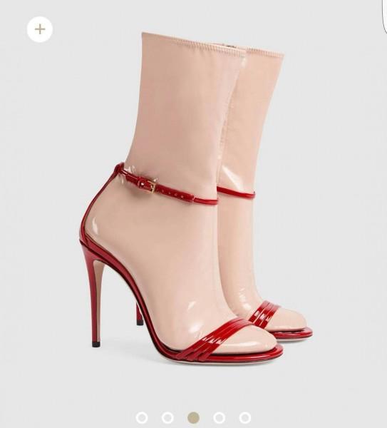 Plastik Çoraplı Açık Ayakkabı