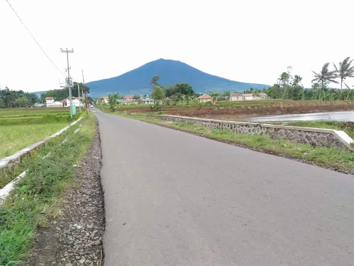 jalan menuju kampung bunikasih