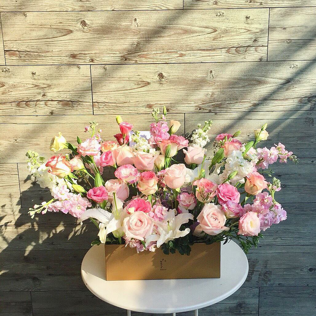 Order Flowers Online In Dubai Flower Delivery Flower Shop