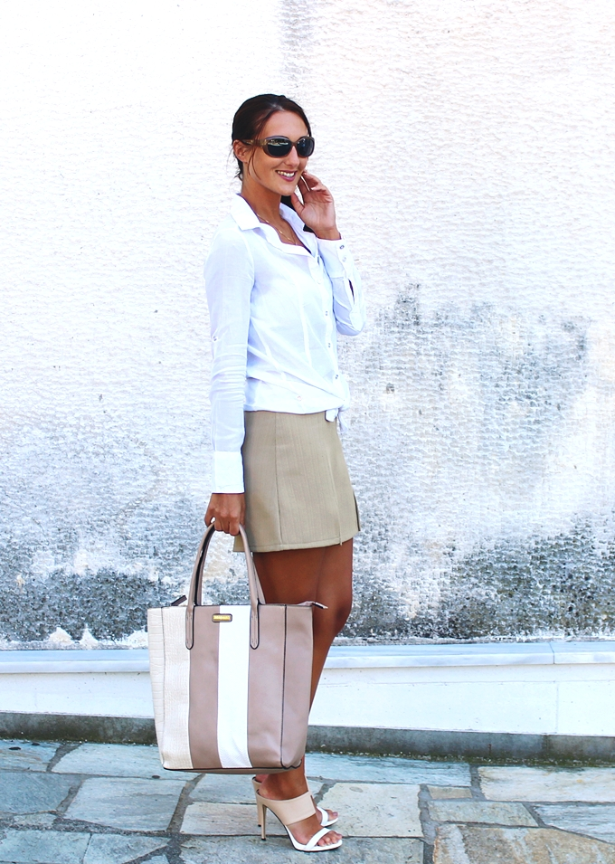 White & Neutrals.White and neutrals outfit.Terranova white shirt.Fullah Sugah striped tote.Alexander Krist heels.White and beige looks.Bela i neutralne boje.