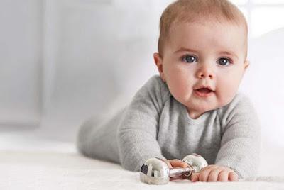 loving-baby-boy-soo-innocent-imgs
