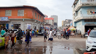 Dirty business in Kinshasa causes dirty roads