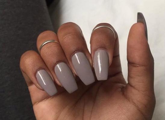 choose nail color