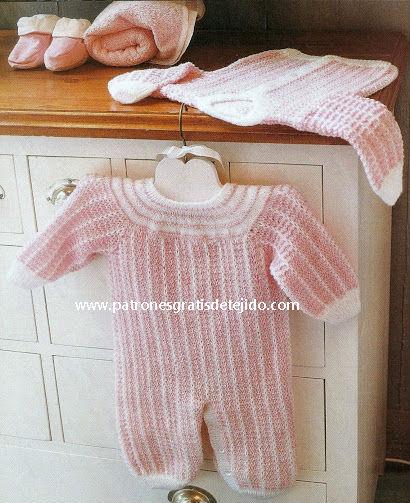 Conjunto enterizo y suéter para bebe con moldes y paso a paso