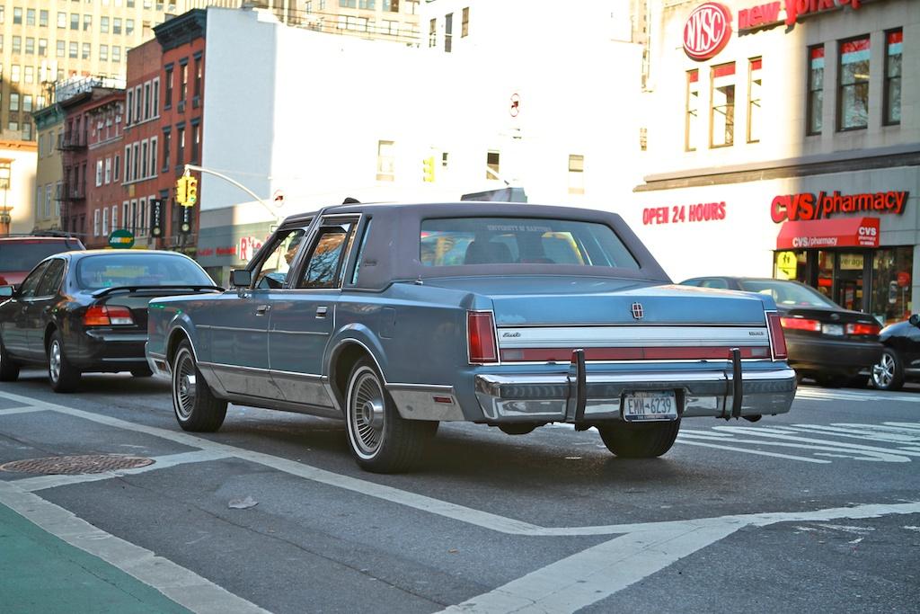 The Street Peep 1988 Lincoln Town Car