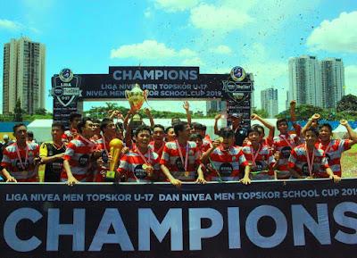 selebrasi kemenangan dalam Liga NIVEA MEN TopSkor U-17