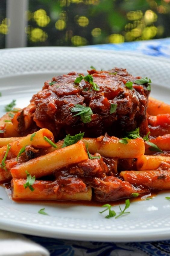 Pressure Cooker Braised Oxtail