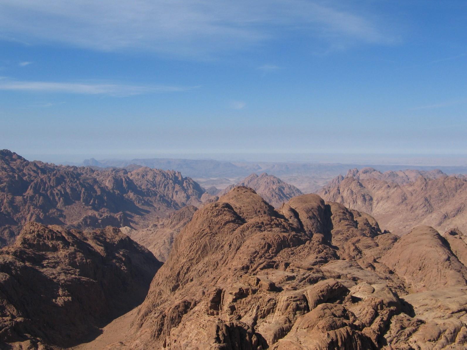 The Hikemasters' Trail Descriptions: Mount Sinai Summit Loop