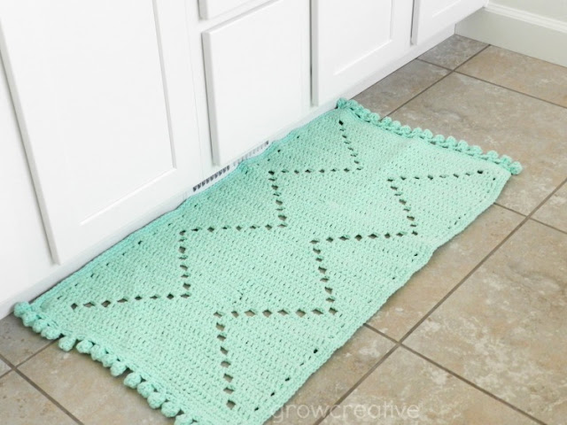 Crochet Cotton Aztec Rug Free Pattern and Tutorial: copyright GrowCreativeBlog