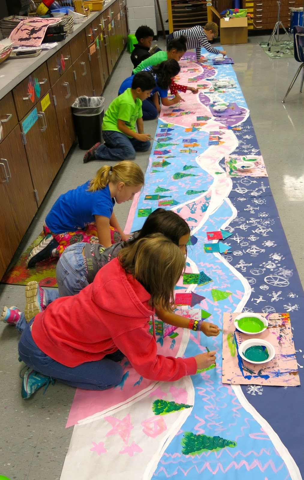 Collaborative Classroom Art Project ~ Cassie stephens in the art room a winter mural collaborative