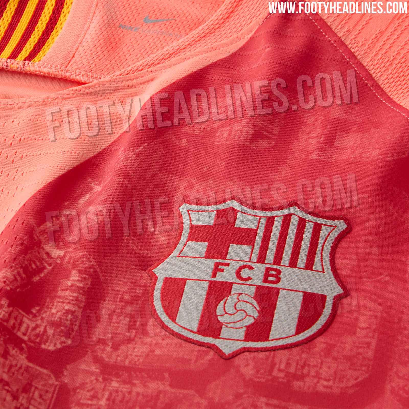 46ed34c14 The Rakuten logo on the Barcelona 2018-2019 third shirt is white