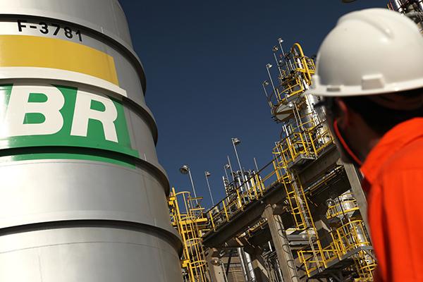 Petrobras anuncia redução do diesel em 10%