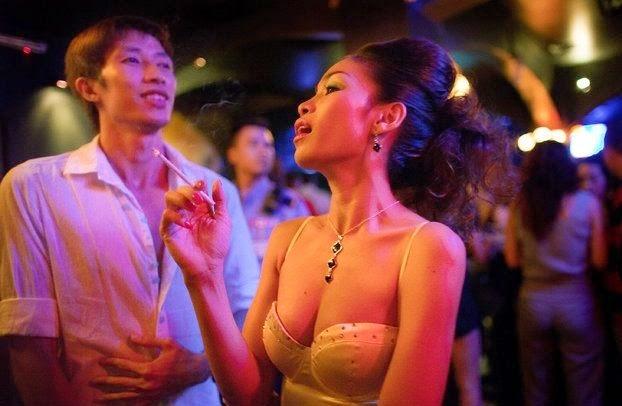 Girls nightlife vietnam hanoi Where and