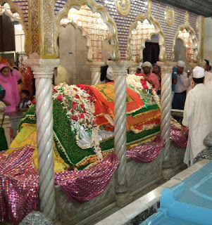Tomb of Sufi Saint Haji Ali