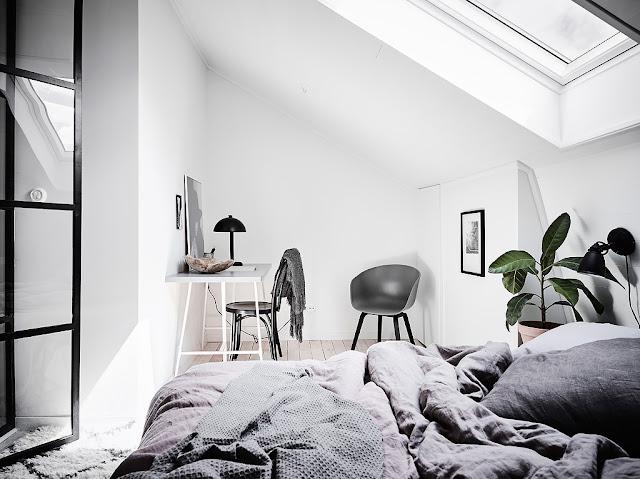 dormitor si birou la mansarda