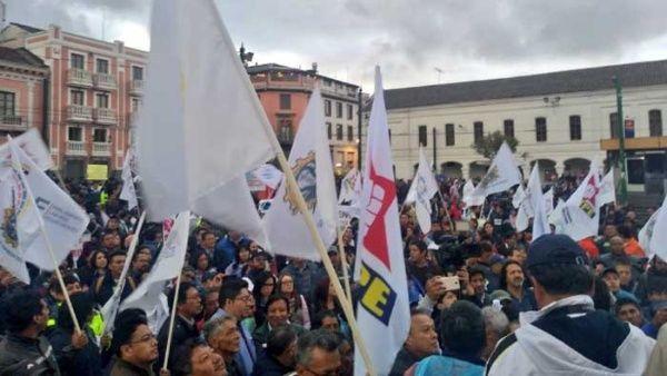 Protestan contra medidas económicas del Gobierno de Ecuador