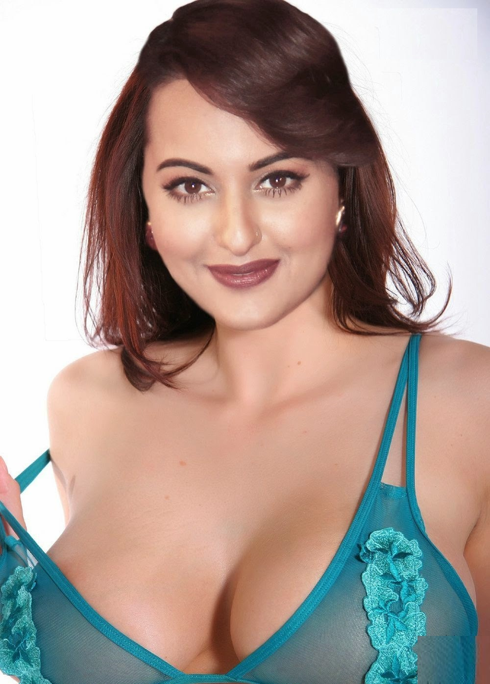 Nude sonakshi sinha Sonakshi Sinha